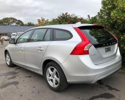VOLVO V60 D2 120CH KINETIC PROFESSIONAL
